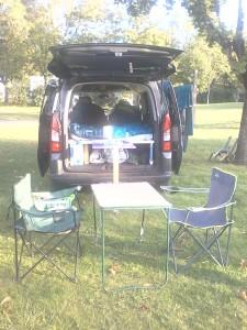 voiture aménagée en camping car